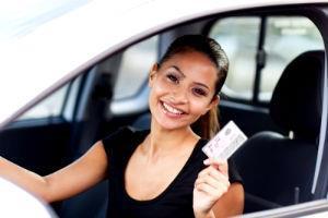 Надо ли менять полис каско при смене водительского удостоверения
