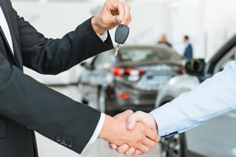 Что делать, если новый владелец не ставит автомобиль на учёт?