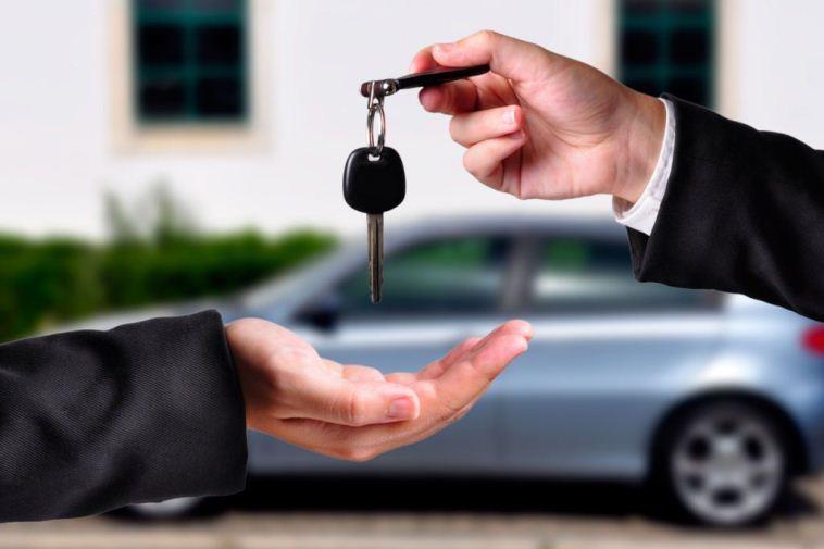 Можно ли осуществить возврат автомобиля продавцу-физлицу?