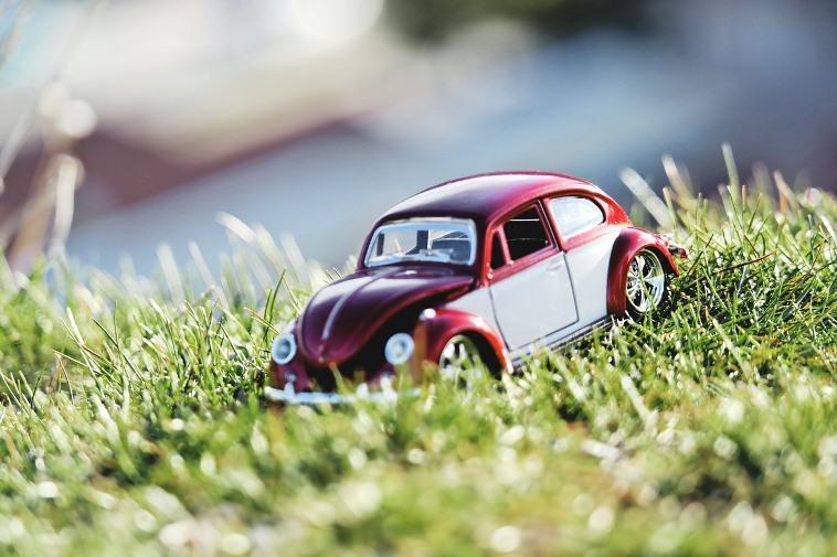 Как оспорить штраф за парковку на газоне?