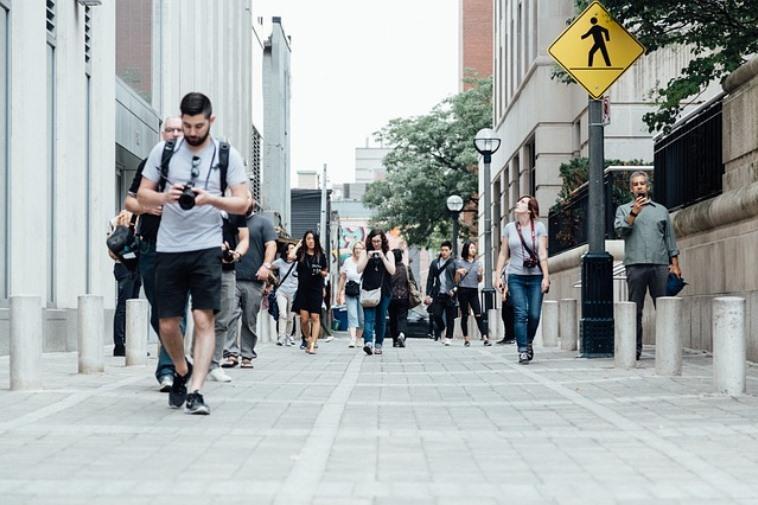 Пункт 4.1 ПДД – где можно ходить пешеходам и правила движения по дорогам